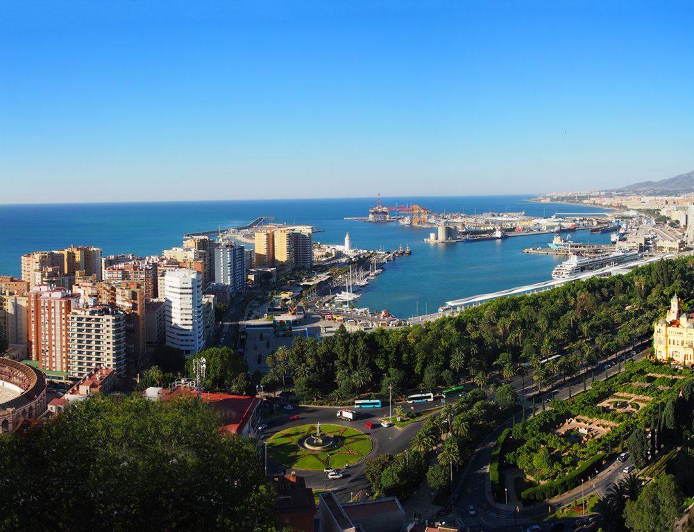Walking tour of Malaga